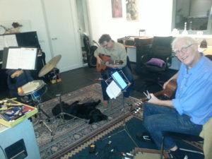 Anco en Rene alvast hard bezig in de studio Vinkeveen